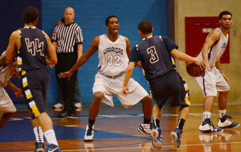 Men's and women's basketball teams defeat L.A. Southwest in conference opener