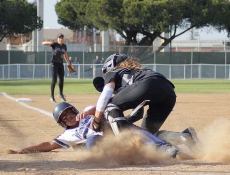 Softball team are sole conference-leaders after 7-run comeback over Mt. SAC
