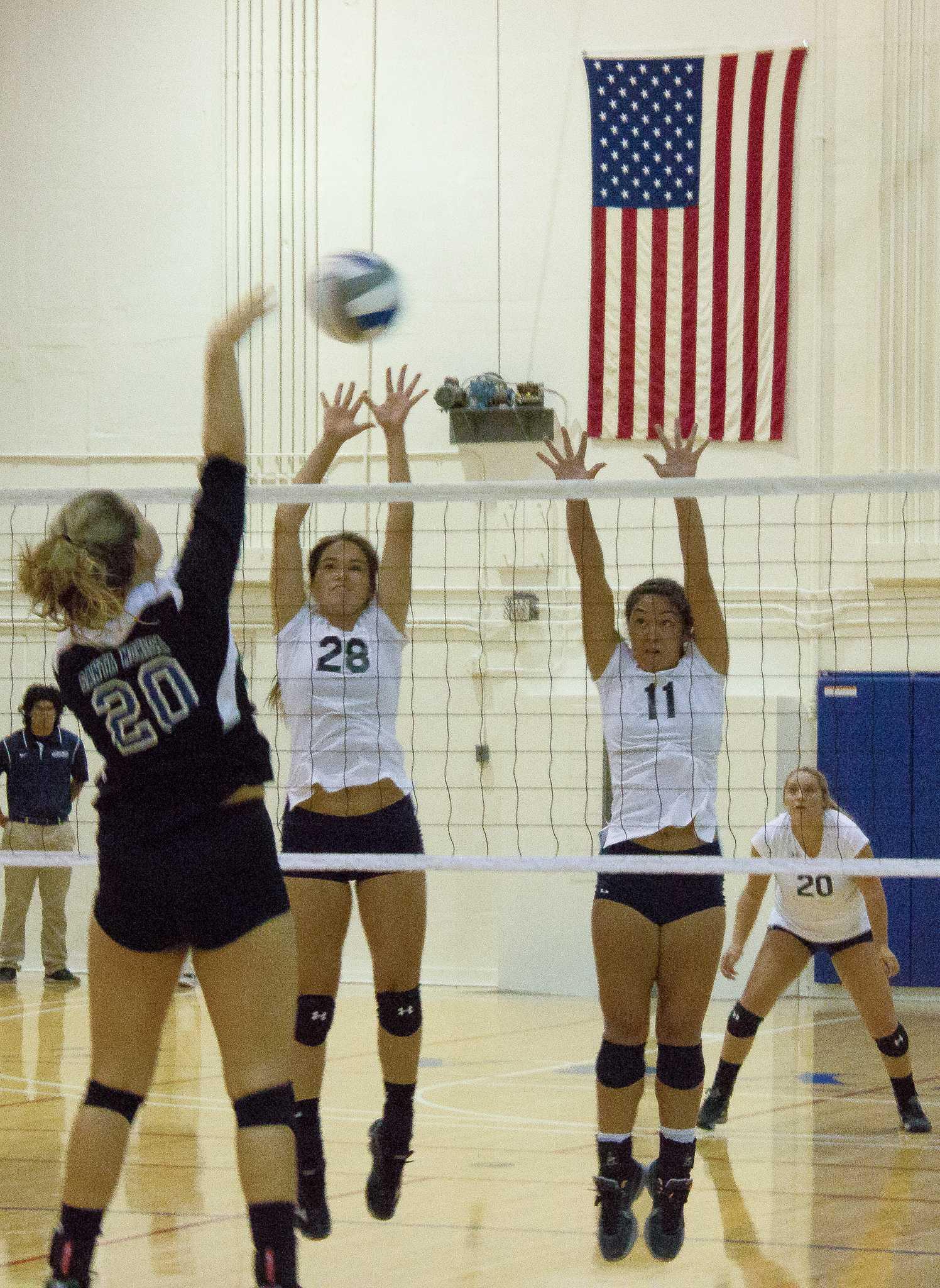 Women's volleyball sweeps Santa Monica College in home opener