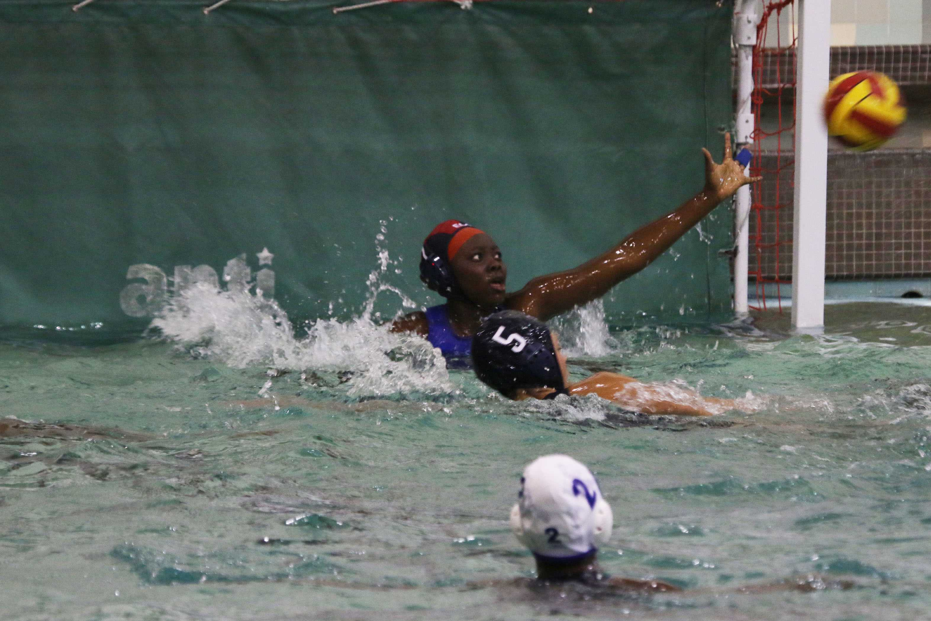 Women's water polo drops eighth straight; 'learns from loss'