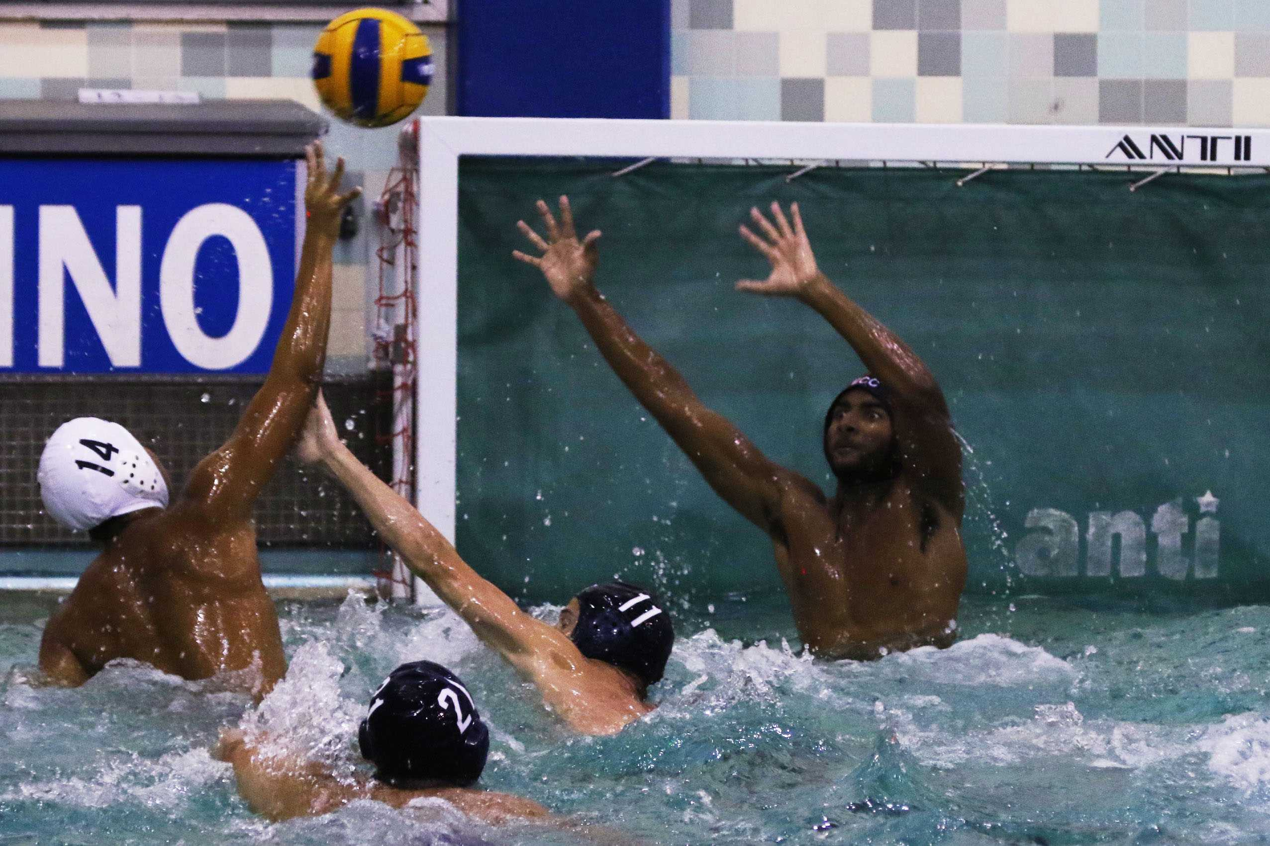 Men's water polo remains winless after loss to Cerritos