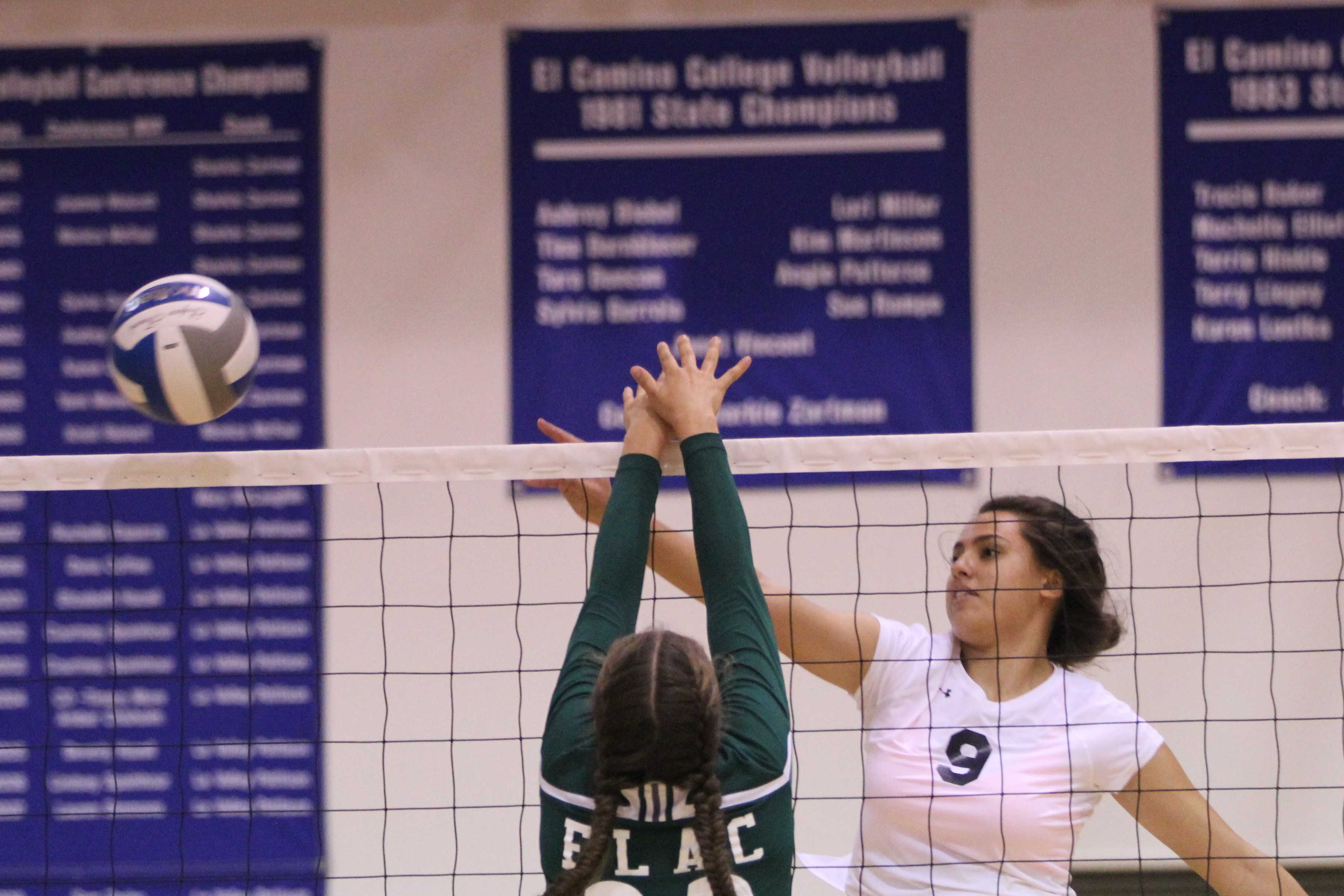 Women's volleyball sweeps East L.A. College; remains undefeated at home