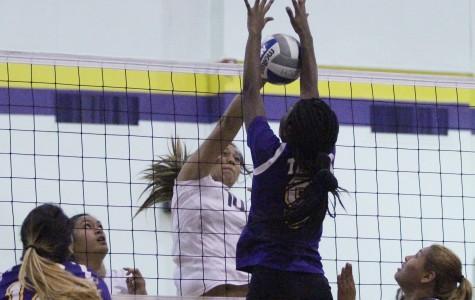 Women's volleyball beats down L.A. Trade Tech, extends win-streak to three