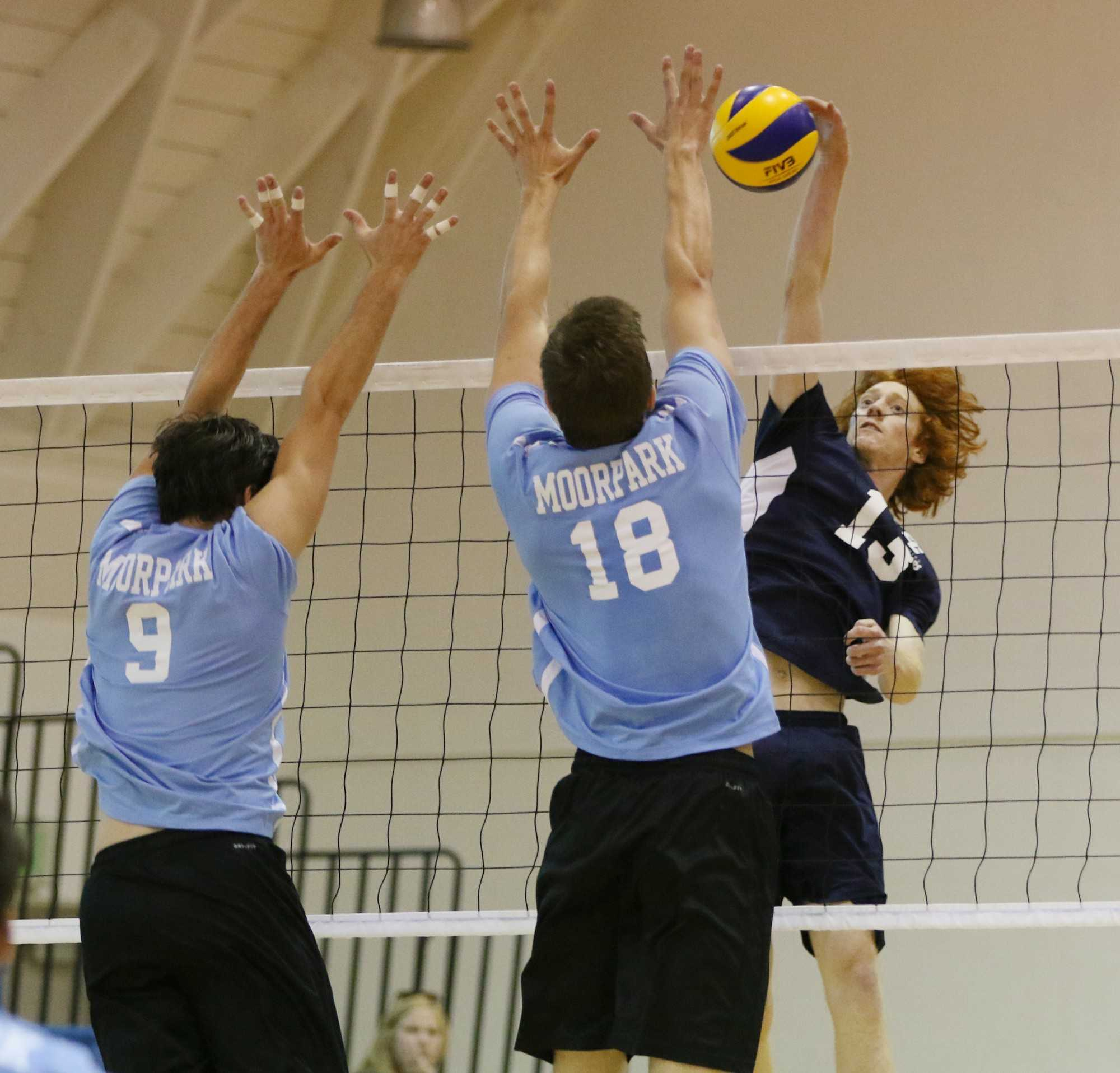 Revenge comes sweet as men's volleyball sweeps Moorpark College at home