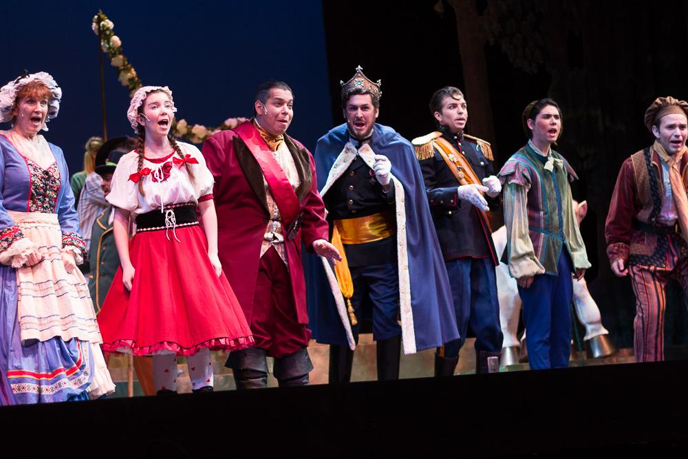 'Into the Woods' offers new take on nostalgic childhood folktales