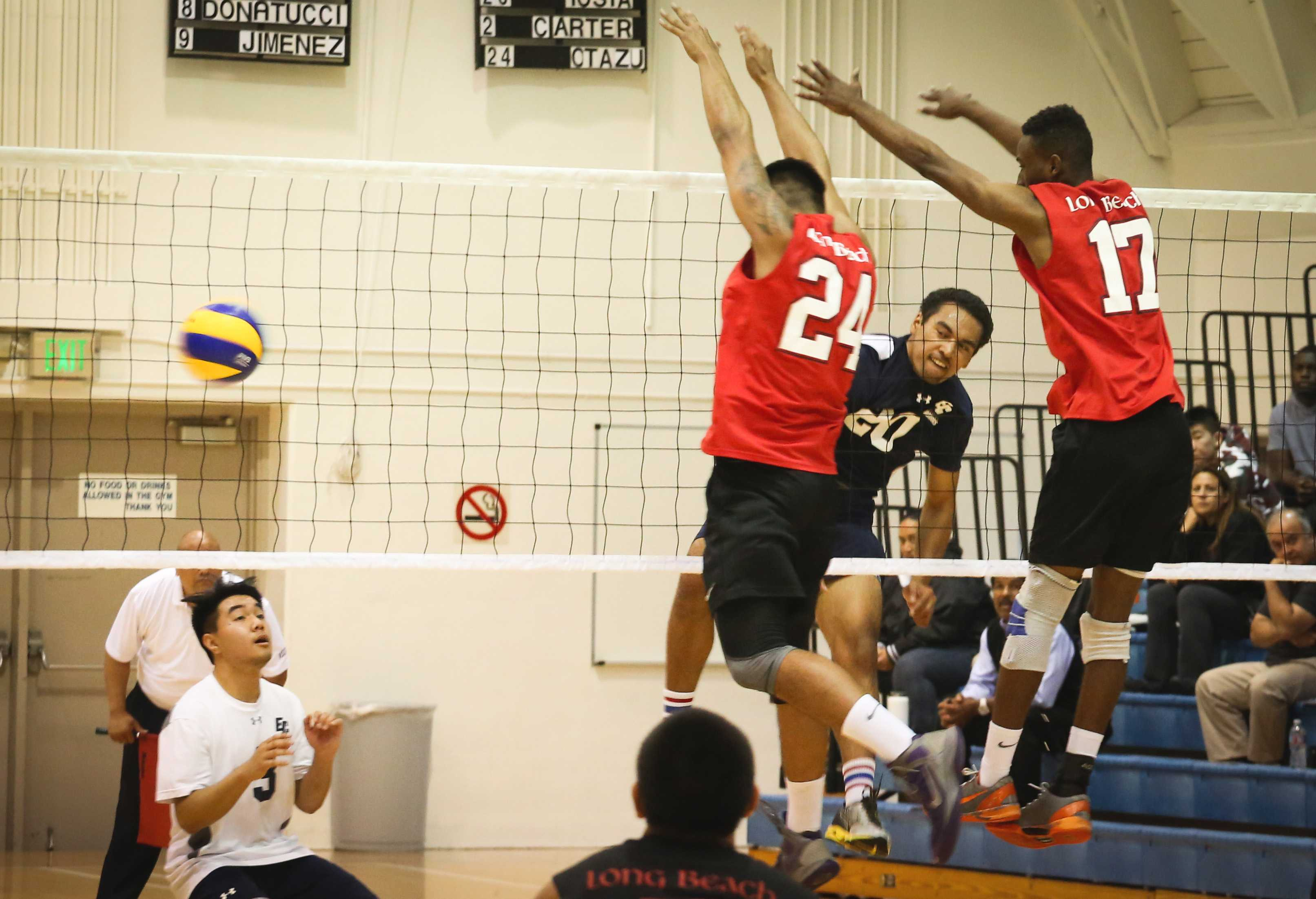 Early-game struggles continue for men's volleyball team in loss against Long Beach City College