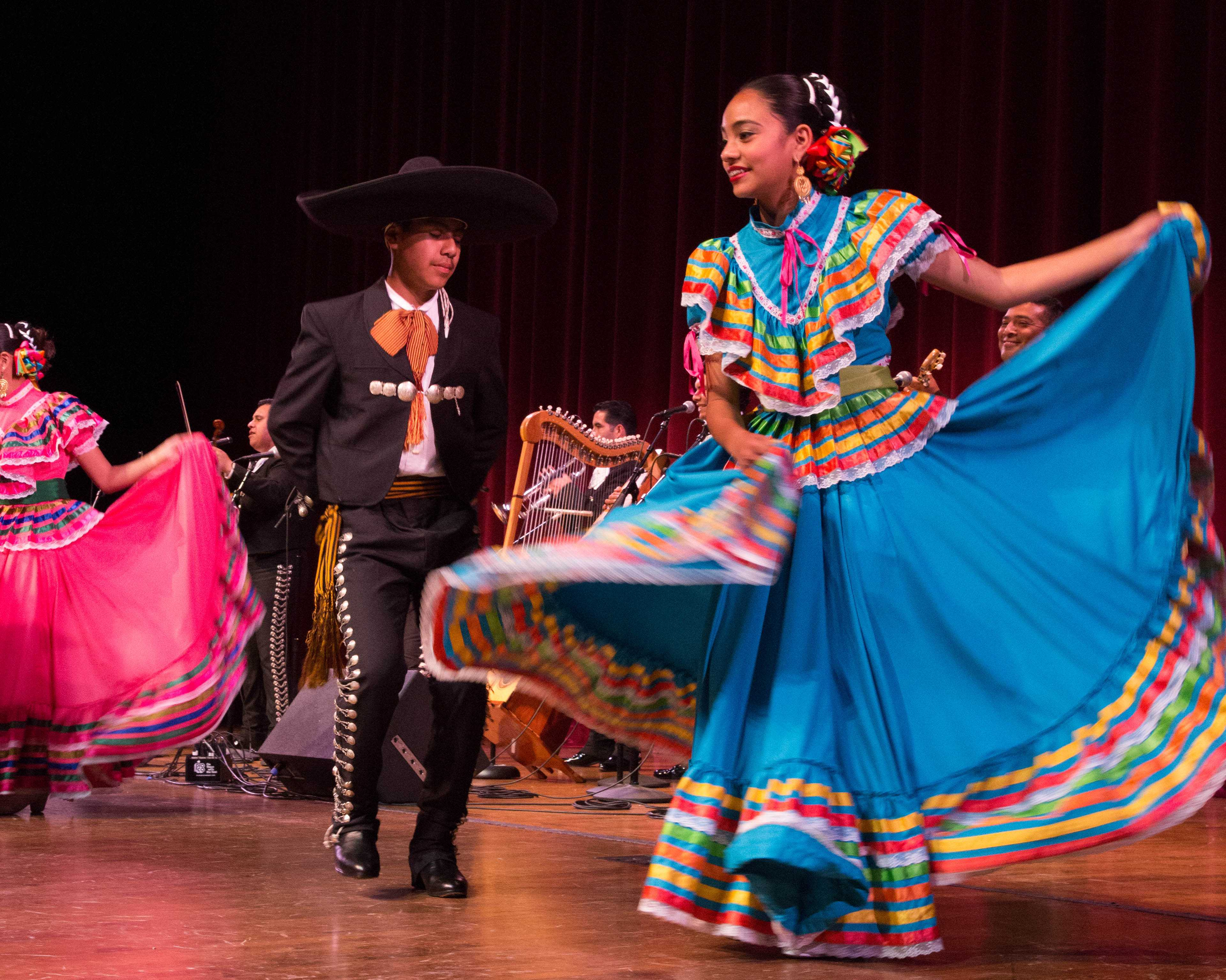 """La Fiesta"" comes to EC with Mariachi and other traditional dances"