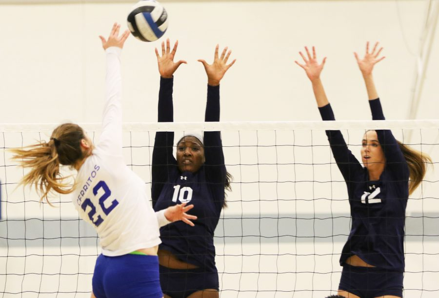 Sophomore leads El Camino women's volleyball team in reverse sweep over Cerritos College
