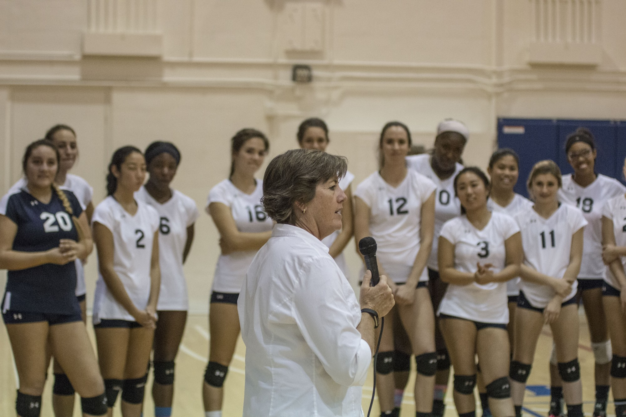 El Camino women's volleyball team pummels L.A. Harbor College in head coach's final regular-season home game