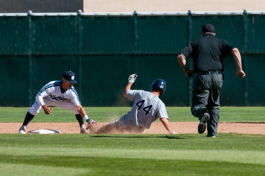 El Camino baseball team earns ninth-straight conference win after 6-1 victory over Cerritos College