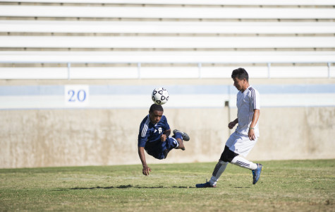 Nunez on the ball in 4-2 victory