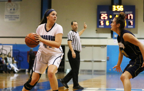 Women's basketball routs L.A Harbor 82-52 to close out the regular season