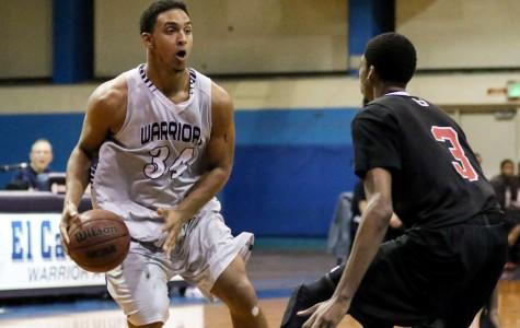 Men's basketball falls in final minutes