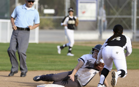 Softball team stays undefeated after huge 17-1 home win over Rio Hondo