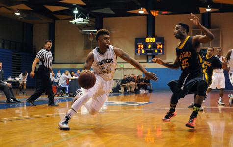 Men's basketball ends season with loss