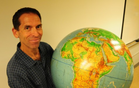Geography professor takes students around the world without leaving campus