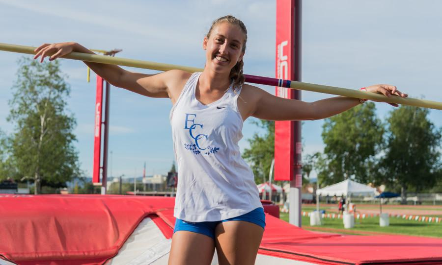Freshman pole vaulter Sara Curran has been on fire for the El Camino track and field team. Her current highest jump is 3.59 meters in the women's pole vault event. Photo credit: Gilberto Castro