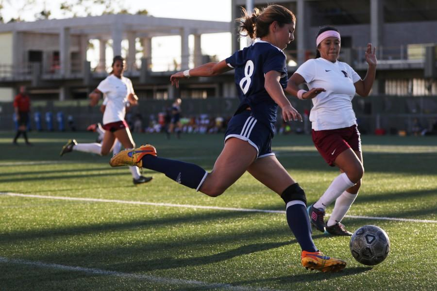 Warriors freshman forward Kalyn Kaemerle looks to score during a home game Friday, Nov. 13.  El Camino's women's soccer ended its season with a loss to the Mt. San Antonio College Mounties, 1-0. Photo credit: Jo Rankin