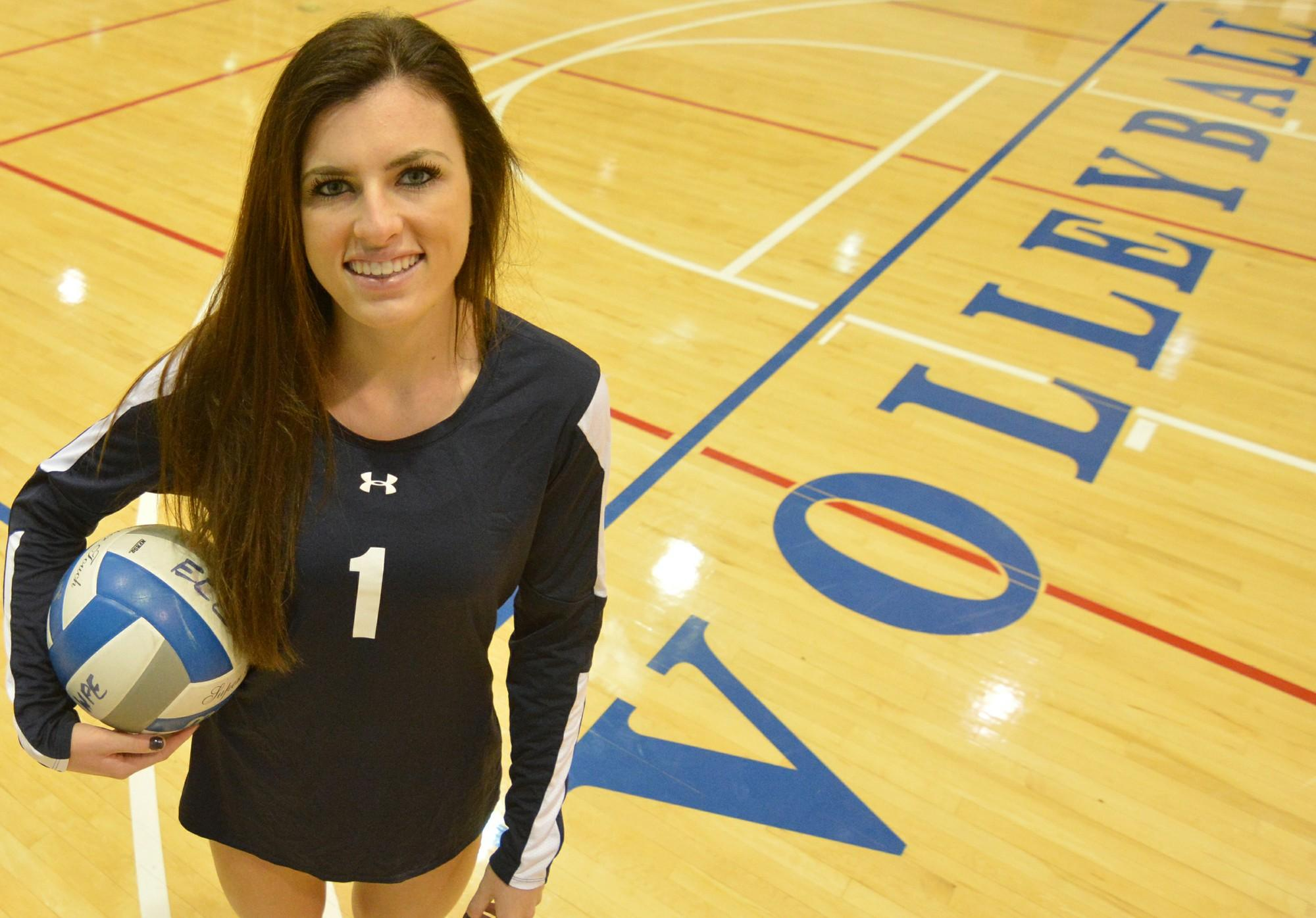 Libero plays guardian for women's volleyball