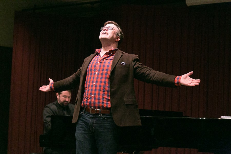 Broadway actor Danny Gurwin sings in front of a audience during a master theatre class in the Haag Recital Hall on Thursday Feb. 11. Students in the master theatre class had the opportunity to perform in front of Gurwin who was a guest during the class. Photo credit: Elena Perez