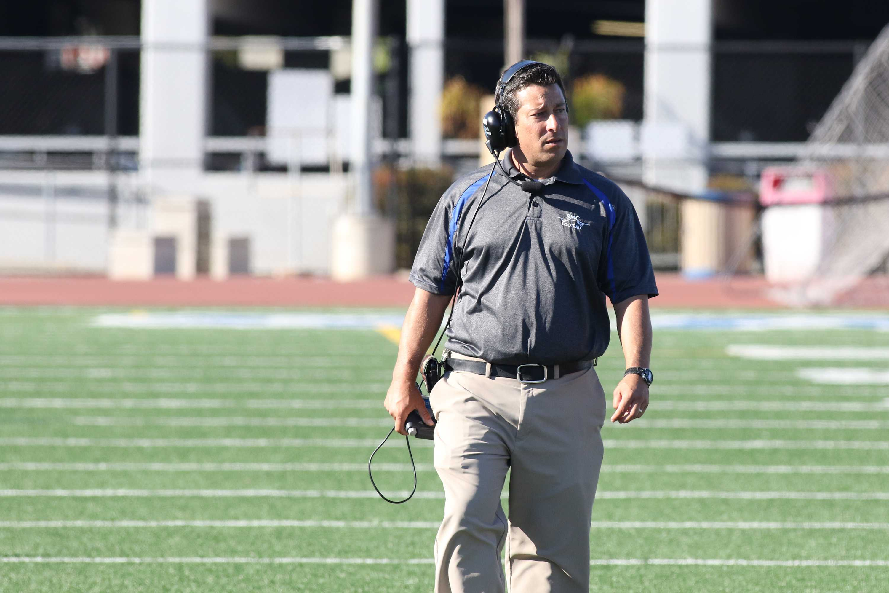 Santa Monica College Coach Gifford Lindheim during Pierce College game on Nov. 14, 2015 at SMC in Santa Monica, CA. Photo credit: Photo by Jevone Moore / Full Image 360