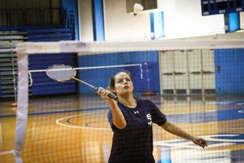 Badminton team loses final game of season