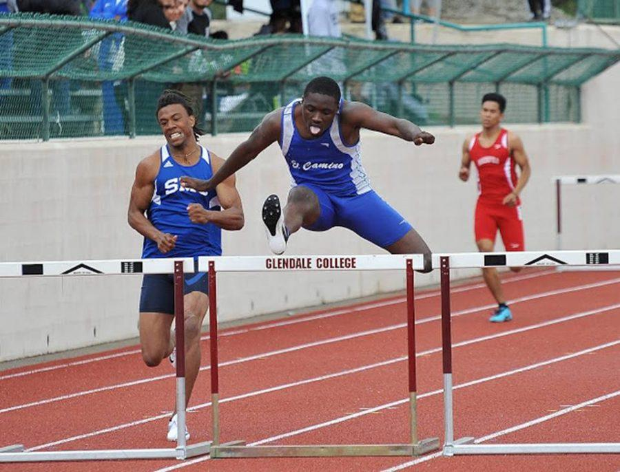 Freshman Anthonee Parker won the 400m Intermediate Hurdles. Photo courtesy of Dean Lofgren