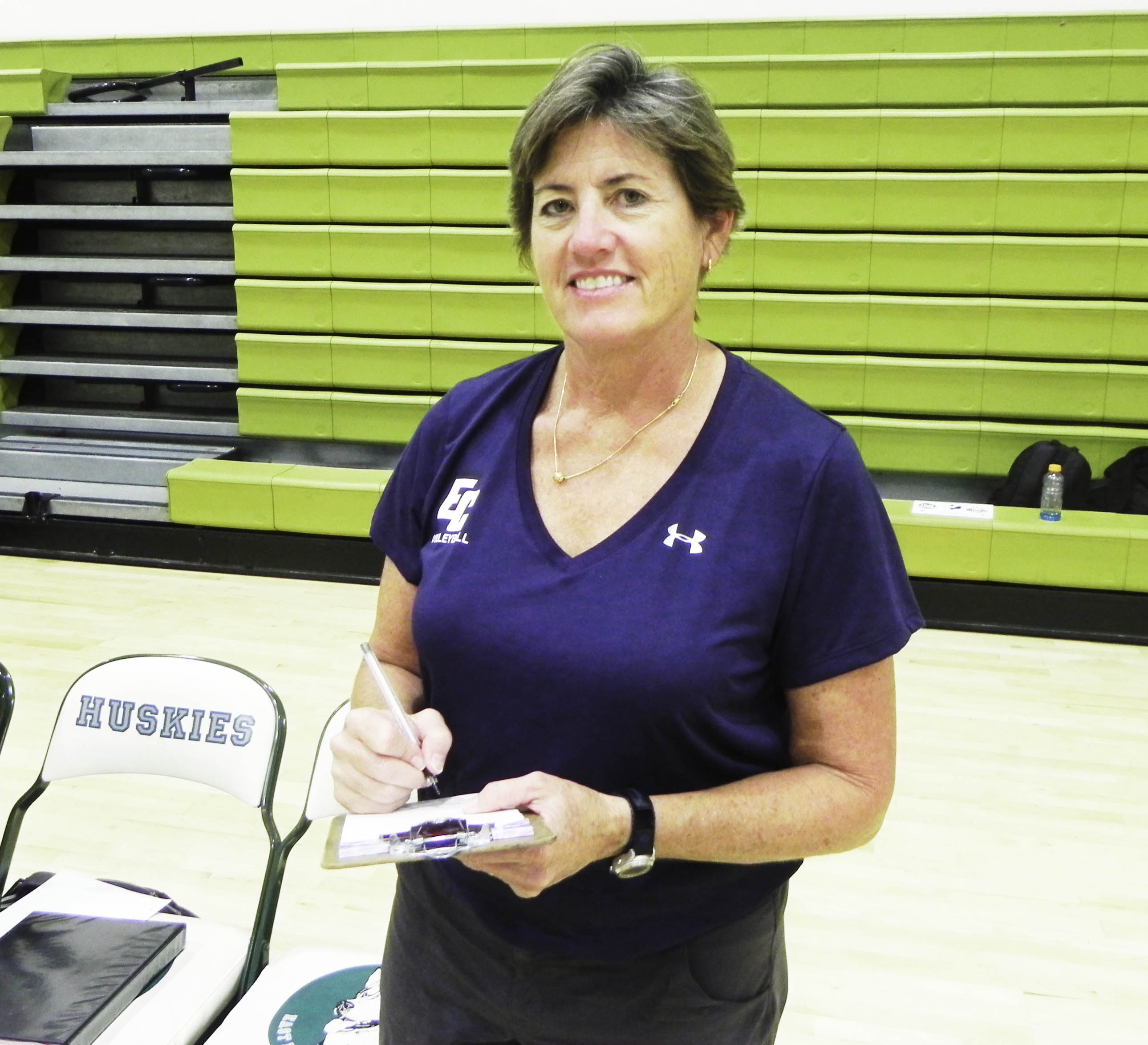 Long-time volleyball coach announces retirement