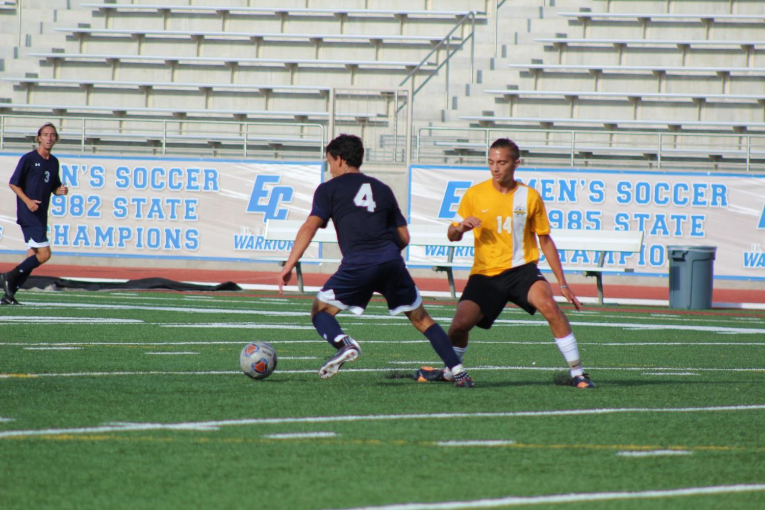 Three-game winning streak for men's soccer team snapped by Golden West