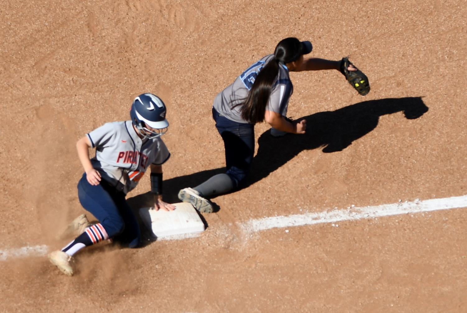 ECC Warriors softball team beats Orange Coast College