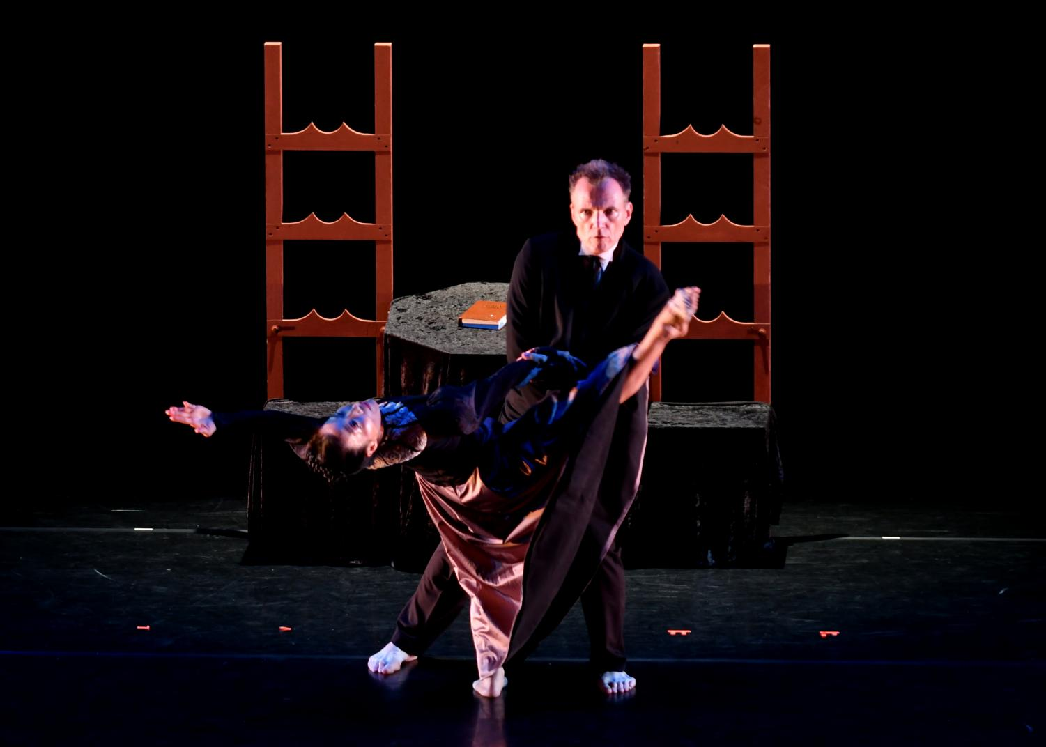John Pennington and Li Rothermich from the Pennington Dance Group perform