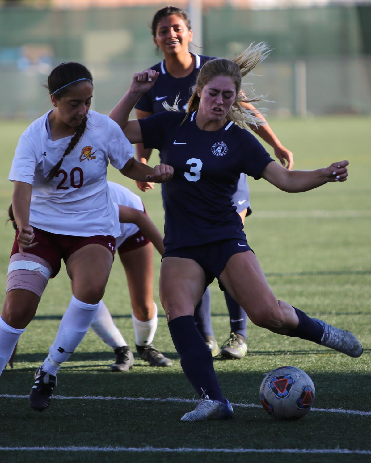 EC Warriors forward,Robin Riggs,shoots the ball wide of the goal in a late scoring attempt, during the EC Warriors vs Pasadena City College women's soccer match at El Camino on Friday, Nov. 9. Photo credit: Darwyn Samayoa