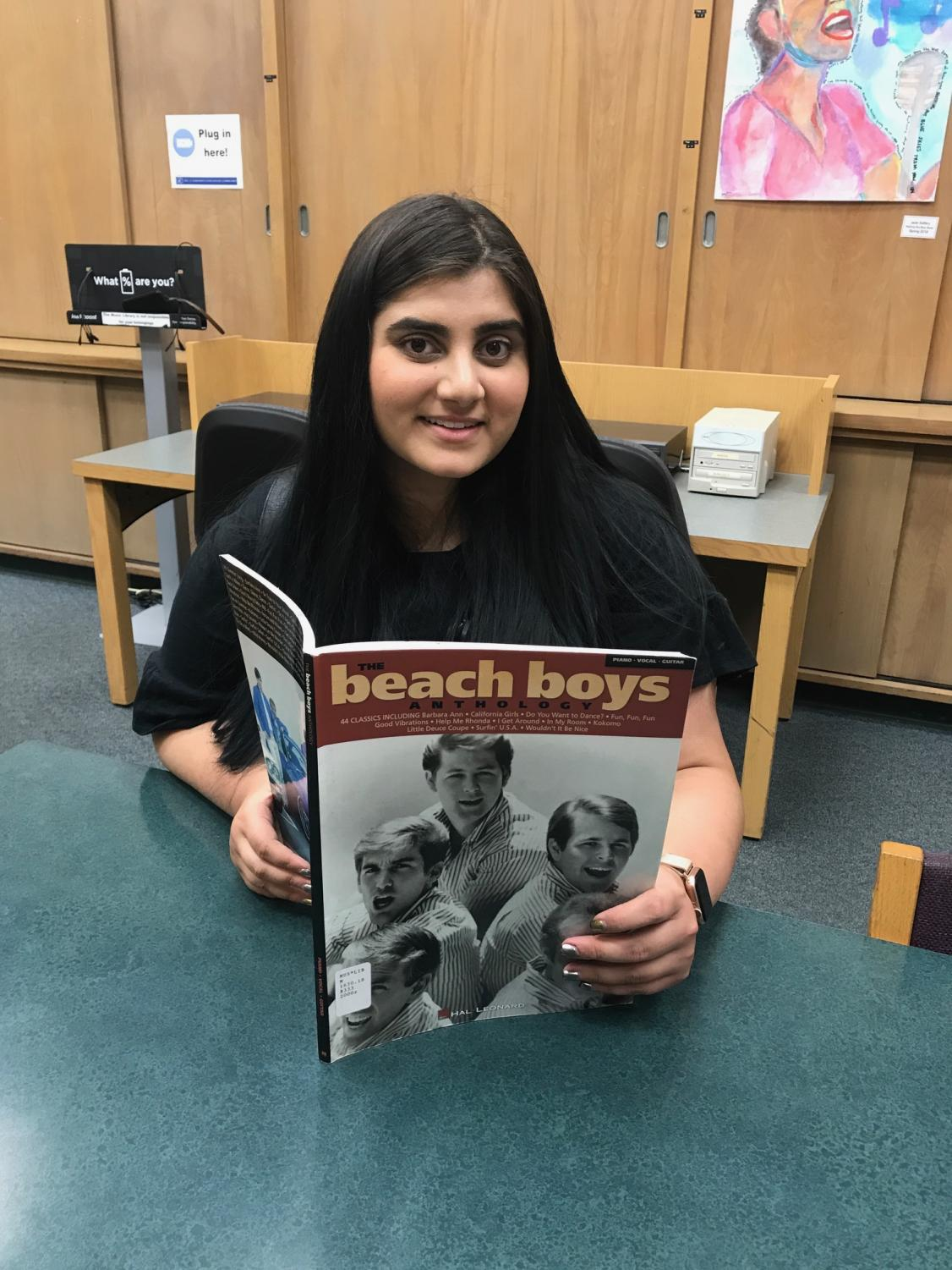 Noorulain Khuwar, 19, engineering major said her history of rock n' roll class is really cool and fun. Photo credit: Giselle Morales