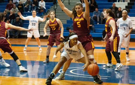 Women's basketball team loses in playoffs to Glendale