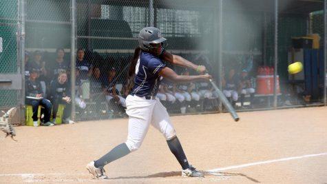 softball1_pg