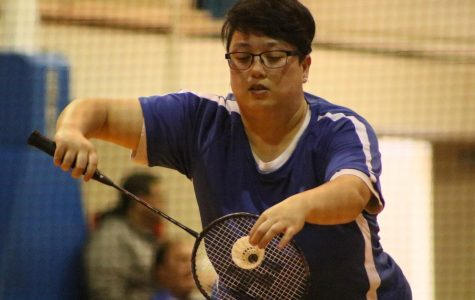 Warriors badminton team beats Compton twice in 1 day, extends winning streak to 3