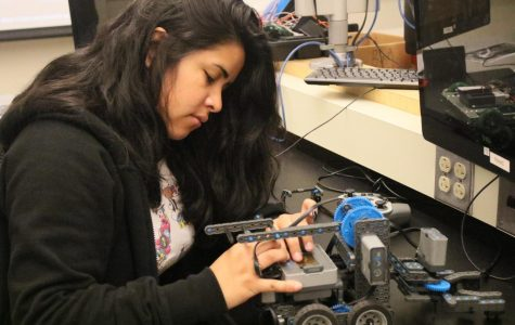 Woman in STEM programs increasing across community colleges