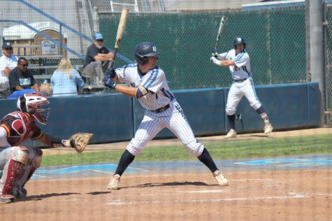 Warriors baseball team takes 1-0 series lead over Cypress