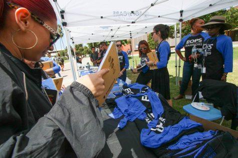Geography professor top male veteran finisher in marathon