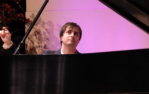 7 photos from award-winning pianist's performance at Marsee Auditorium