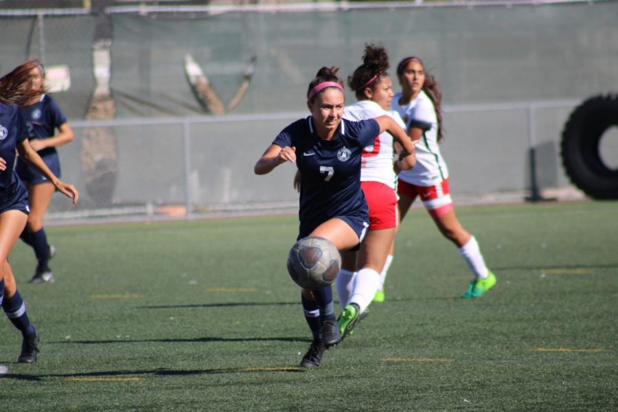 El Camino College midfielder Jennifer Villarruel sprints after the ball during the first half of a game against College of the Desert on Tuesday, Oct. 15. Villarruel was held without a goal against East Los Angeles College Friday, Oct. 18, at the PE and Athletics Field. Jaime Solis/The Union