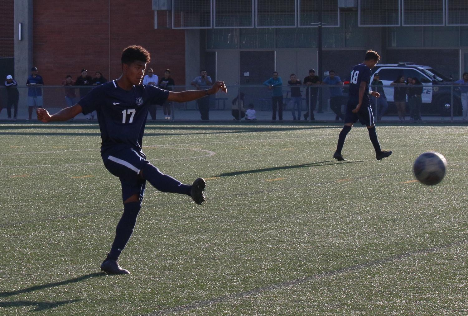 El Camino College defender Jordan Lopez-Perez clears the ball away from his penalty area during a match against Cerritos College at the PE and Athletics Field on Friday, Oct.11. Cerritos scored three goals to start the first half of the game. Viridiana Flores/ The Union