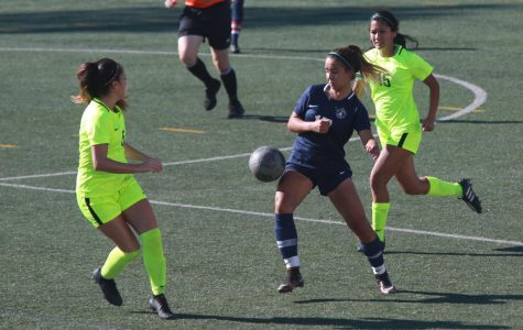 El Camino College women's soccer player Jessica Varela attempts to gain possession of the ball during the game against Los Angeles Harbor College on Friday Nov. 8 at the ECC Soccer Field. The Warriors won 2-1. Mari Inagaki/The Union