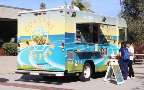 The Coastal Coffees food truck sits adjacent to the Student Activities Center on Tuesday, Nov. 12. The truck offers food and beverage options beyond coffee including açaí bowls, smoothies and sandwiches. Omar Rashad/The Union