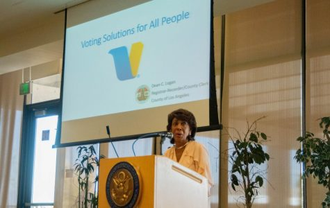 Rep. Maxine Waters greets attendees of the Los Angeles County Voting meeting before introducing Los Angeles County Registrar-Recorder/County Clerk Dean C. Logan to present the new way people will vote in the upcoming election. Rosemary Montalvo/The Union