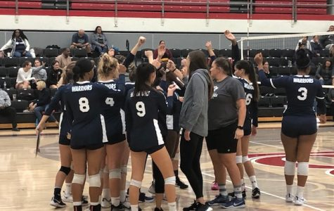 El Camino College women's volleyball team break the huddle pregame before the South Coast Conference championship match against Long Beach City College at the LBCC Hall of Champions Gymnasium on Tuesday, Nov. 19. ECC won its 10th straight SCC title. Logan Tahlier/The Union