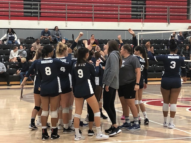 El+Camino+College+women%27s+volleyball+team+break+the+huddle+pregame+before+the+South+Coast+Conference+championship+match+against+Long+Beach+City+College+at+the+LBCC+Hall+of+Champions+Gymnasium+on+Tuesday%2C+Nov.+19.+ECC+won+its+10th+straight+SCC+title.+Logan+Tahlier%2FThe+Union