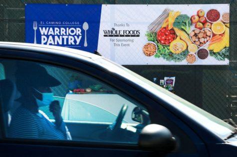 Warriors Drive Thru Pick Up Event at El Camino parking lot B, March 17, 2021.